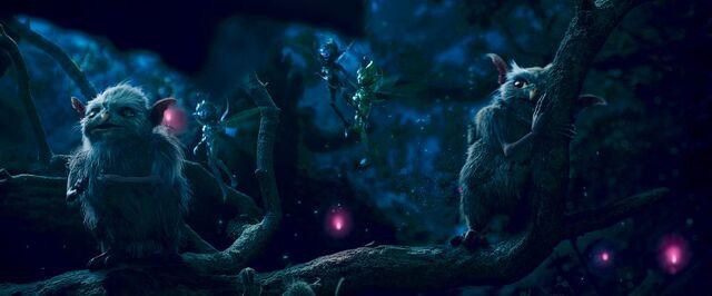 File:Maleficent-(2014)-355.jpg