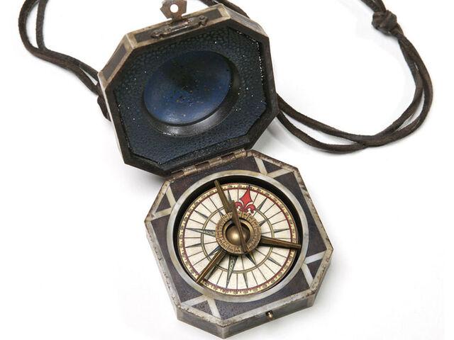 File:Piratecompass600.jpg