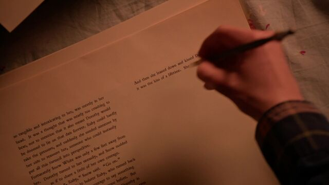 File:Once Upon a Time - 5x18 - Ruby Slippers - Henry Writing.jpg