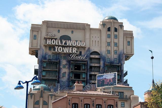 File:The Twilight Zone Tower of Terror at Walt Disney Studios Park.jpg