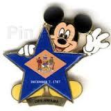 File:Delaware Flag Pin.jpg