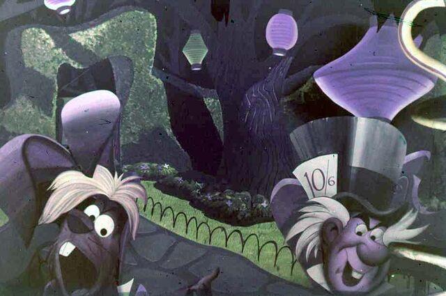 File:Original Alice in Wonderland Attraction 6.jpg