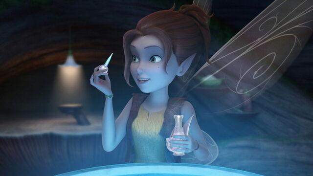 File:Zarina-Pirate-Fairy-Disney-Fairies-17.jpg
