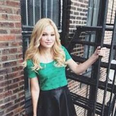 <b>August 5th</b> <br /> Olivia Holt (IDDI)