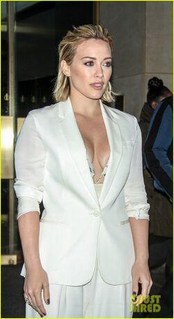 Hilary Duff crop 3