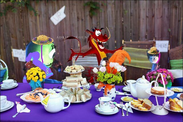 File:Mike Wazowski Mike Wazowski Boo tea party disney crossover.jpg