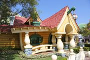 Mickey's House and Meet Mickey (DL)
