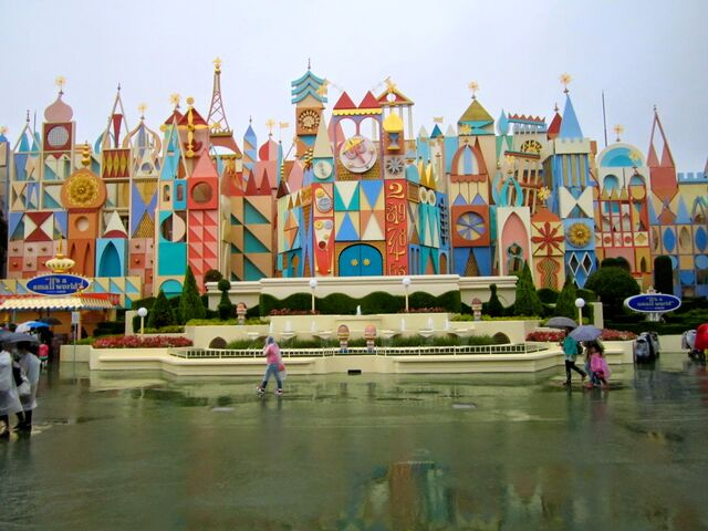 File:It's A Small World (TDL).jpg