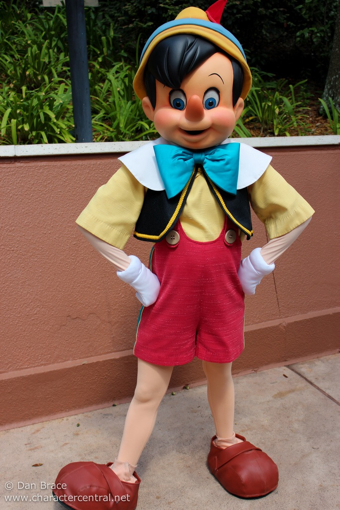 Pinocchio Disney Parks Wiki Fandom Powered By Wikia