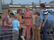 The Brady Bunch Paul Winchell Supermarket 1971-500x369