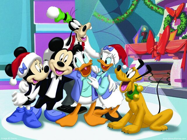 File:House-of-mouse-christmas.jpg