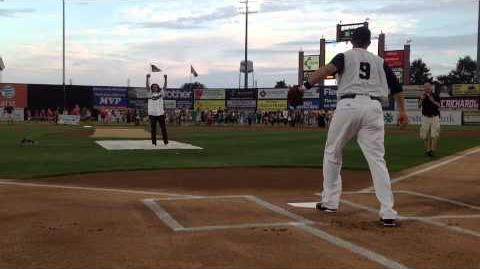 Leo Howard's AMAZING first pitch