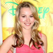 Bridgit-mendler-lemonade-mouth