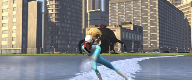 File:Incredibles-disneyscreencaps com-11823.jpg