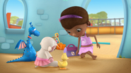 Doc McStuffins - S01E21 - To Squeak, or Not to Squeak 5