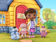 Cast-of-doc-mcstuffins-post