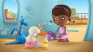 Doc McStuffins - S01E21 - To Squeak, or Not to Squeak 6