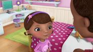 Doc-McStuffins-Season-3-Episode-13-Doc-s-Dream-Team--Filling-Chilly