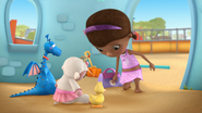 Doc McStuffins - S01E21 - To Squeak, or Not to Squeak 4