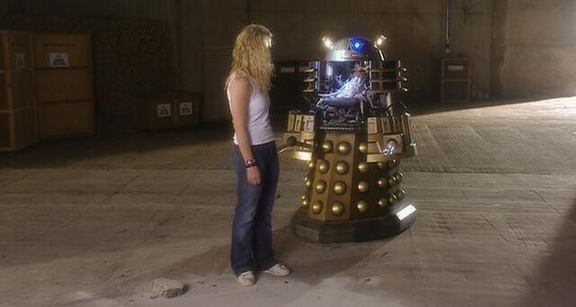 File:Doctor-who-season-1-6-dalek.jpg