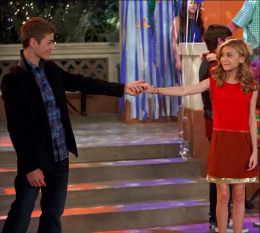 File:Wavery Holding Hands At The Dance.jpg