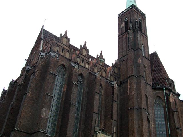 Plik:Kościół Św Krzyża we Wrocławiu.jpg