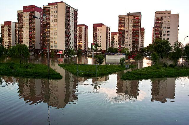 Plik:800px-Powodz Kozanow Wroclaw Poland 22 may 2010.jpg