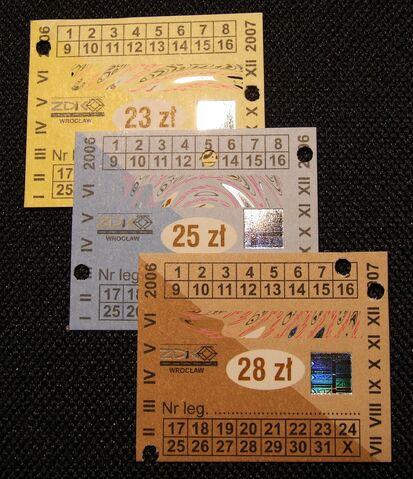 Plik:Znaczki do biletu miesięcznego.jpg