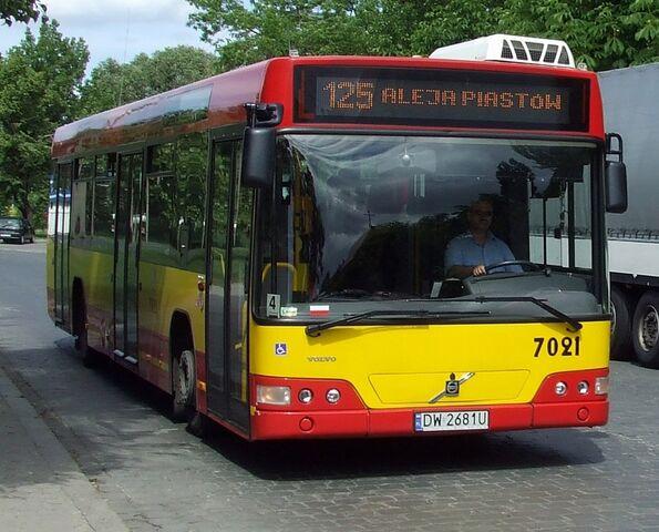 Plik:Autobus Wrocław 1.jpg