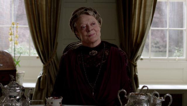 File:Downton Abbey-screenshots (8).jpg