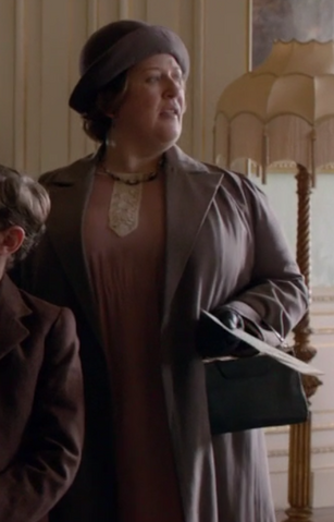 File:DowntonGuest4S6E6.png