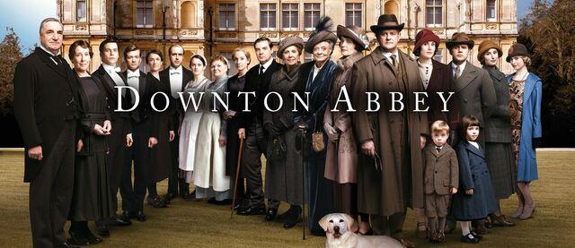 File:Downton-abbey-season-5-cast-photo.jpg