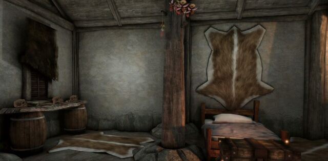 File:Hut - Interior View II.jpg