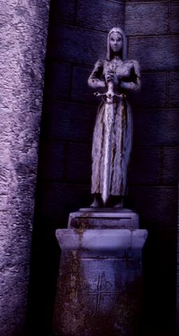 File:Statue holding sword pointing DOWN.jpg
