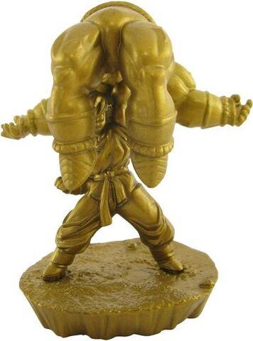 File:Megahouse-gold-nappa.JPG