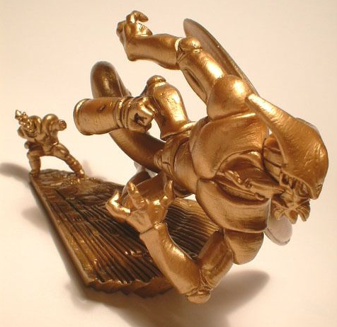 File:Megahouse gold 16 a.PNG