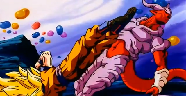 Arquivo:GokuAttacksJanemba.png