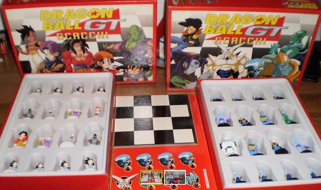 File:Chess set Omega Oceanus Eis.PNG