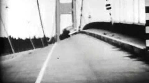 Tacoma Narrows Bridge Collapse (Sound Version) (Standard 4 3) (1940)-1