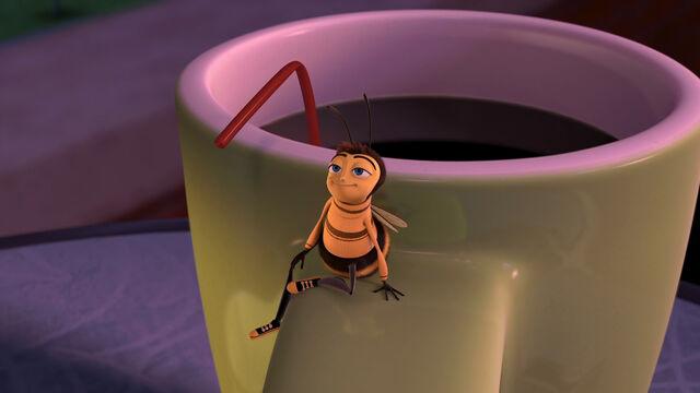 File:Bee-movie-disneyscreencaps com-3074.jpg