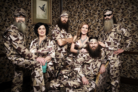 File:Wikia-Visualization-Main,duckdynasty.png
