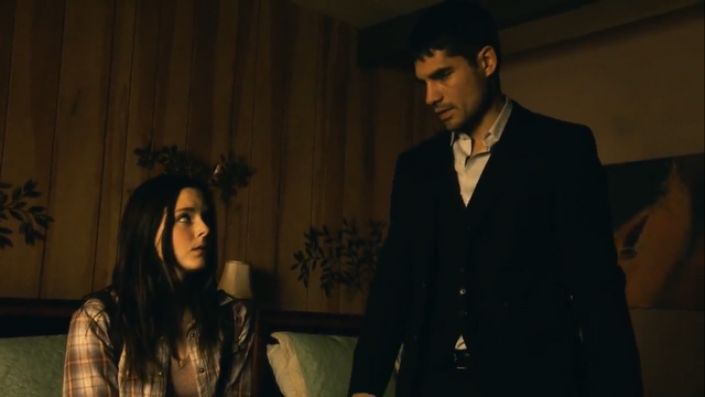 File:Seth and Kate 1x04.png
