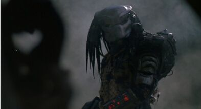 Predator-1987-kevin-peter-hall-pic-5-1--1-