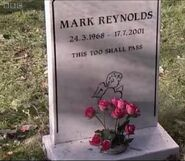 Mark Reynolds Grave