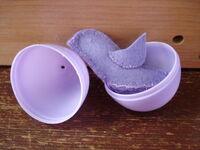 http://moosaidthemama.blogspot.com/2011/03/wool-felt-toy-pattern-baby-bird