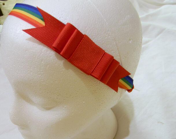File:Glue bow.jpg