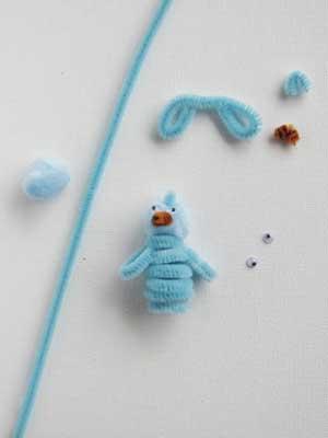 File:Bluebird-finger-puppet.jpg