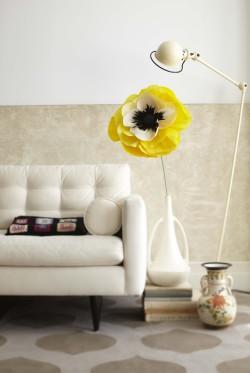 File:Paper Cup's Giant Flower Vase.jpeg