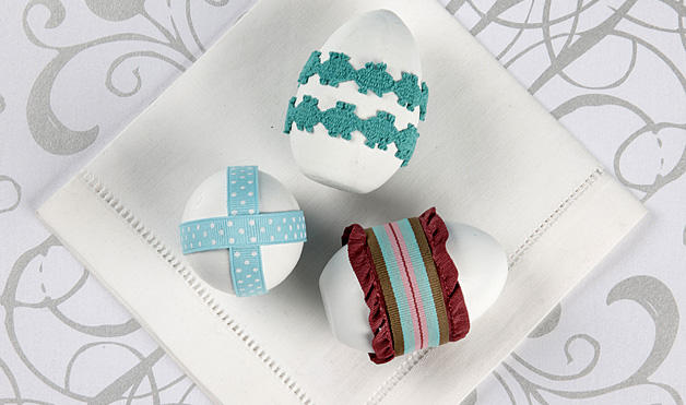 File:Ribbon-Wrapped-Easter-Egg-Craft featured article 628x371.jpg