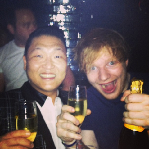 File:Ed Sheeran has a drink with Psy.png